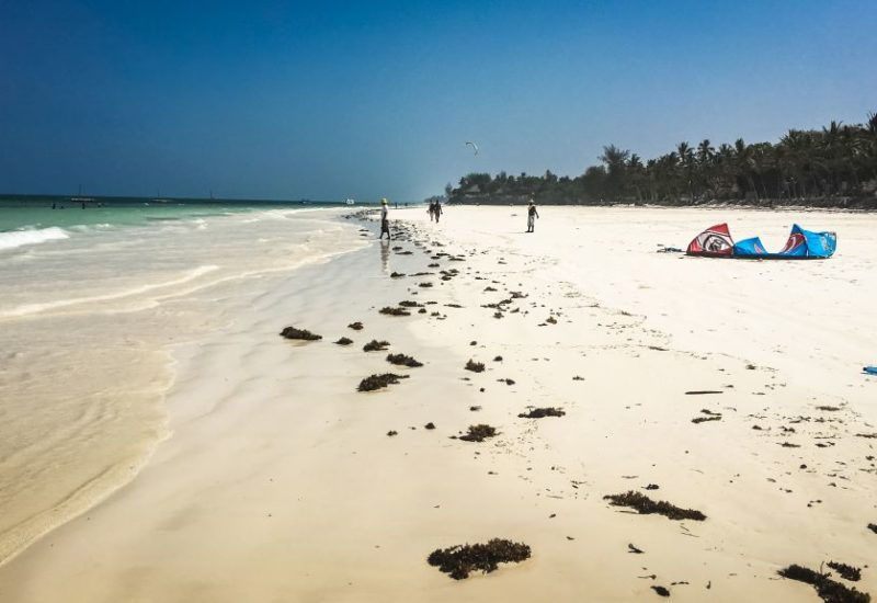 Diani Beach in Kenia, Kitesurfen im Winter