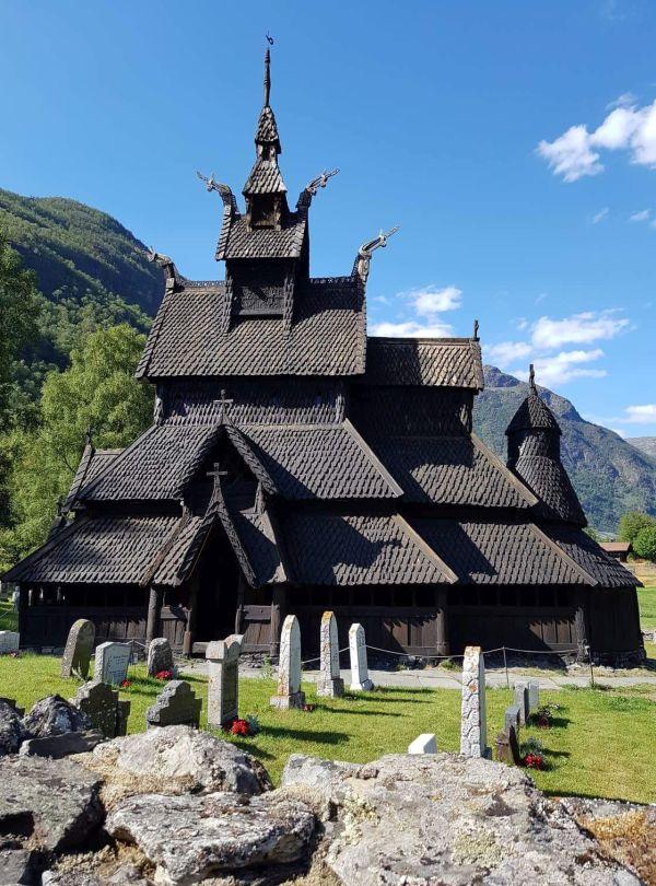 Unterwegs auf dem Königsweg, Norwegen - Stabkirche Borgund, Bild: Kirsten Pevelling