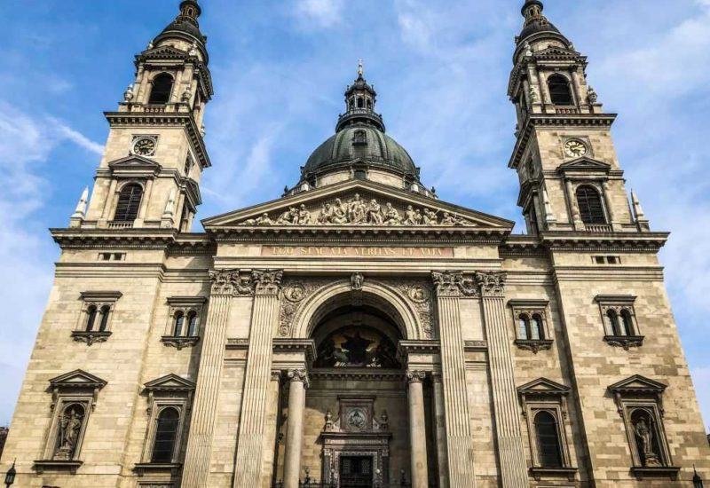 Die St. Stephans Basilica im Stadtteil Pest, Städtereise Budapest.
