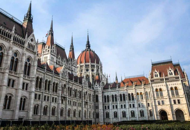 Das ungarische Parlament, eine Städtereise nach Budapest.