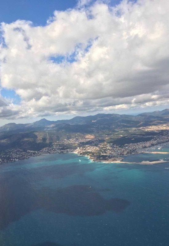 Kurzurlaub auf Mallorca: Segeln und Radfahren. Nur knapp zwei Stunden dauert der Flug auf die schöne Baleareninsel.