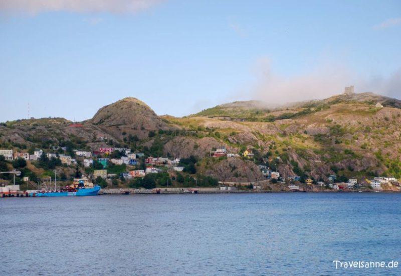 Insel Neufundland: Sie liegt vor der Ostküste Nordamerikas im Atlantik und ist ein Teil der kanadischen Provinz Neufundland und Labrador
