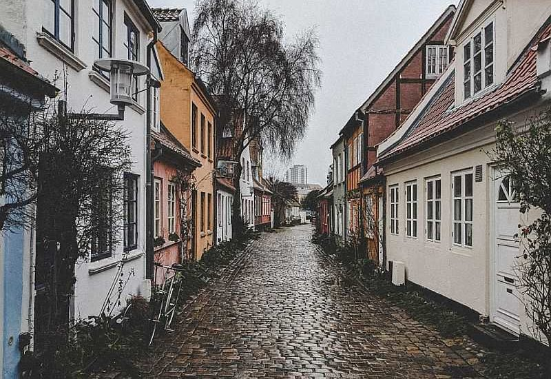 1000 Places to see before you die, Gasse Mollestien in Aarhus.