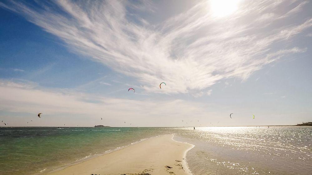 Kitesurfen in der riesen Lagune in Dakhla