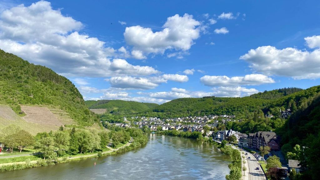 Wandern an der Mosel: Reichsburg Cochem