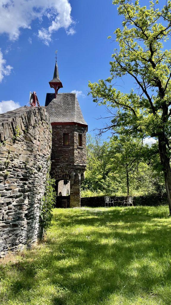 Unterwegs an der Mosel, Burg Pyrmont