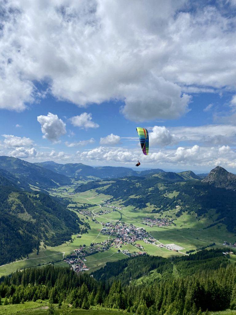 Gleischirmfliegen in Tannheim