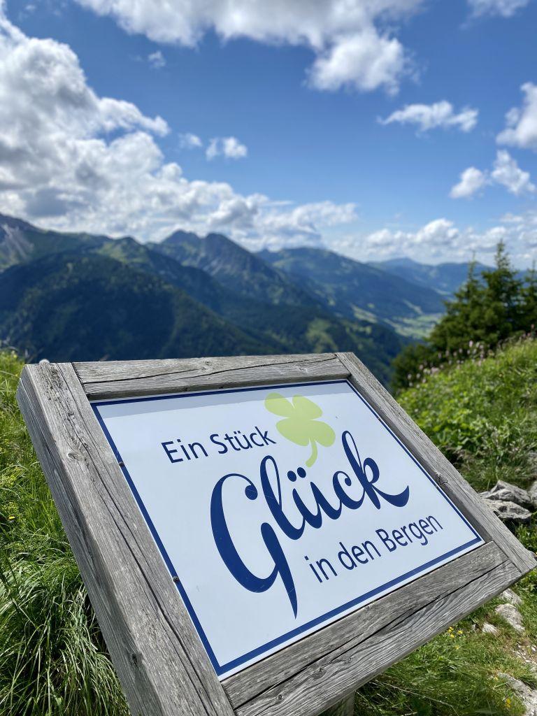 Ein Stück Glück in den Bergen, Tannheim